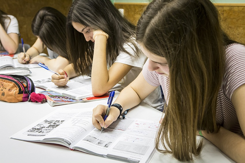 escola-idiomes-Clarence-House-classes-anglès-sabadell-alumnes-academia