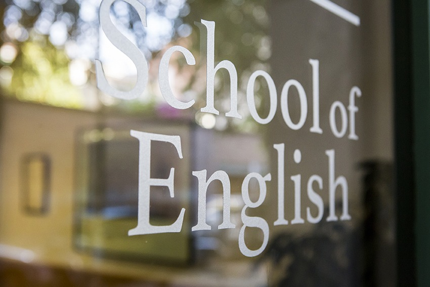 escola-idiomes-school-of-english-Clarence-House-classes-anglès-sabadell-academia